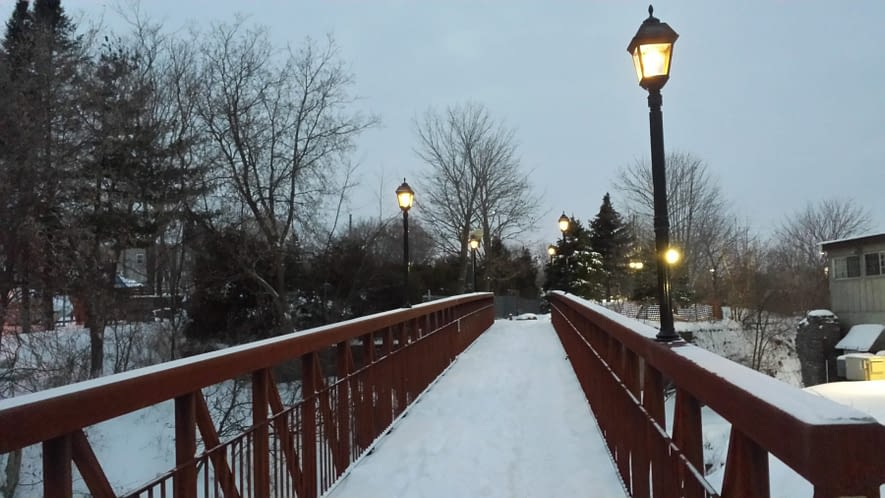 Solar Lights & Winter: Maintaining Your Solar Lights in the Cold Months